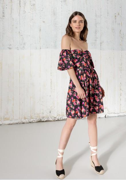 Φόρεμα floral με έξω ώμους