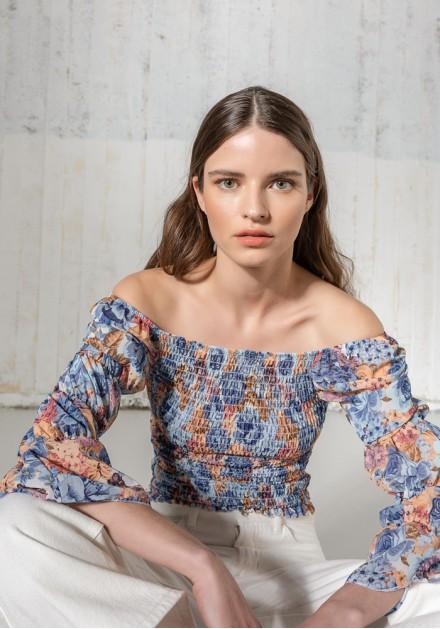 Μπλούζα floral σφιγγοφωλιά