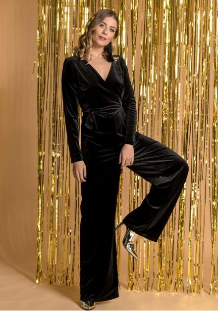 Μαύρη ολόσωμη φόρμα βελούδινη