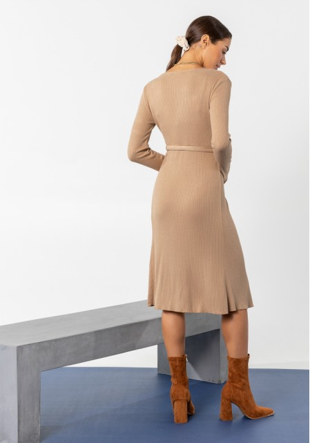 Φόρεμα midi πλεκτό