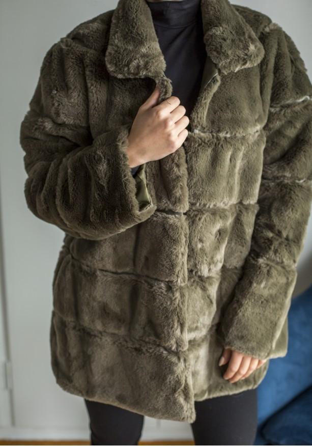 Παλτό με υφή γούνας